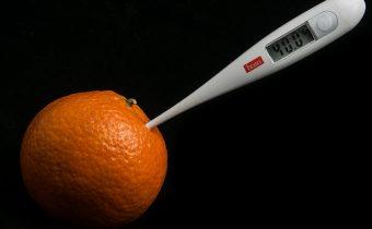 Teplota u dieťaťa – zásady ako ju znížiť